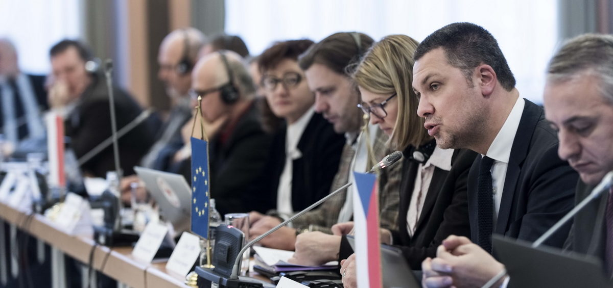 FES/ Mr Luca Visentini – general secretary of the ETUC participating in the V4. Foto: István Fazekas